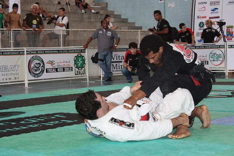 Adriano Silva também fez boas lutas no Rio. Foto: Carlos Ozório