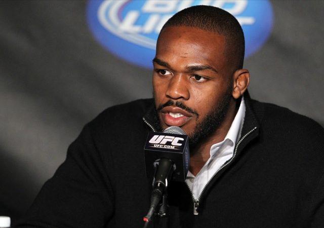 Campeão do UFC, Jon Jones fala à imprensa antes do UFC 135. O atleta falou de Jiu-Jitsu no Brasil. Foto: Josh Hedges/Zuffa LLC/Zuffa LLC