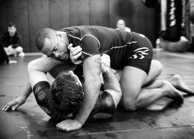 Rashad Evans treina Jiu Jitsu com Rolles Gracie para UFC. Fotos: Ray Santana.