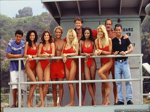 Baywatch cast, Jeremy Jackson on far left / Publicity photo