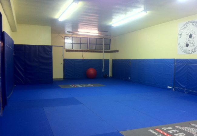 On his way to Hong Kong, Medeiros opens new dojo in San Diego
