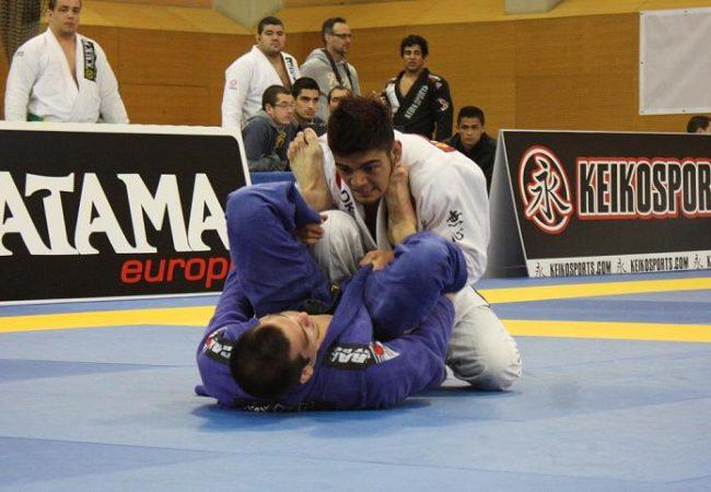 Viu o triângulo voador de Roberto Satoshi no Europeu de Jiu-Jitsu?