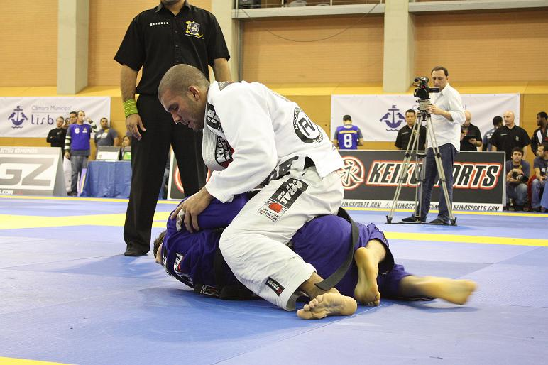Rodolfo against Victor in absolute / Photo: Rafael Nogueira