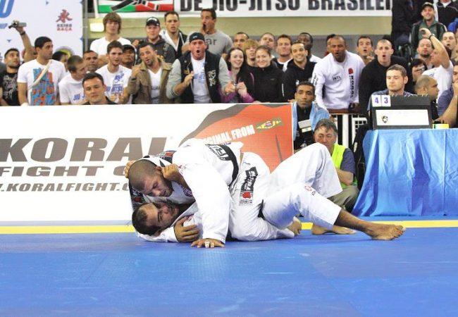 Rodolfo na final do absoluto, contra Bernardo. Foto: Raphael Nogueira.