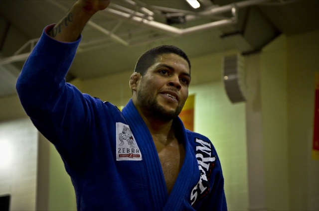 Andre Galvao celebra ouro no Houston Open de Jiu Jitsu Foto por Calimbas