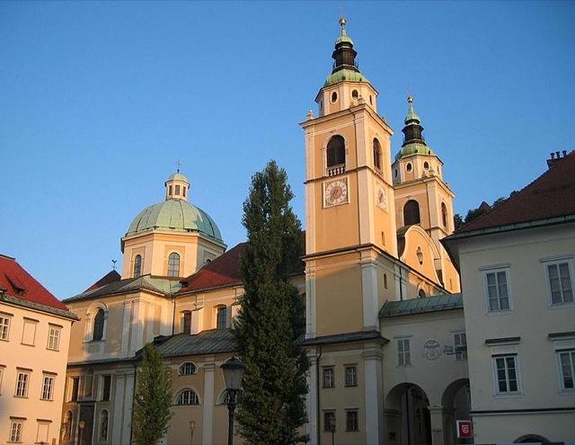 Catedral de São Nicolas, na Eslovênia. Foto: Divulgação.