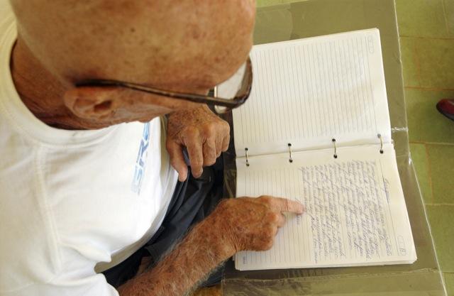 Grande Mestre Helio Gracie no sítio em Itapava, em 2004. Foto: Gustavo Aragão.