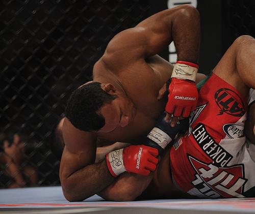 Watch Jacaré's submission at Strikeforce