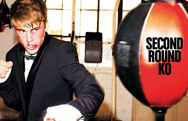 Justin Bieber simula uma briga vencida com o Jiu-Jitsu, na Complex Magazine. Foto: Divulgação.