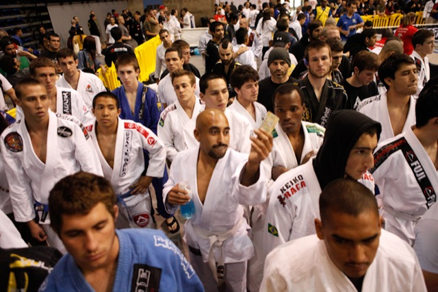 Jiu-Jitsu Pan: Gracie Barra and Alliance ready weapons as battle approaches