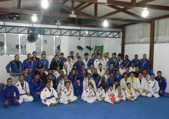 Guard pass Fernando Tererê taught at Gracie Barra Vitória