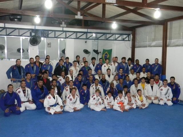 Fernando Tererê em seminário na Gracie Barra Vitória. Foto: Divulgação.