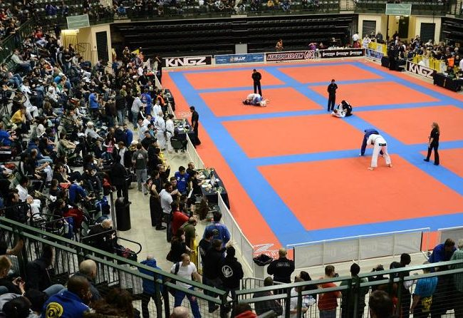 Comprido and Novaes take front and center at Chicago Winter Open