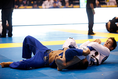"Rafa Mendes out of Abu Dhabis, comments on Pan: ""I let my game flow"""