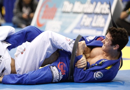 Caio Terra em ação no Jiu-Jitsu. Foto: Ivan Trindade/GRACIEMAG.com