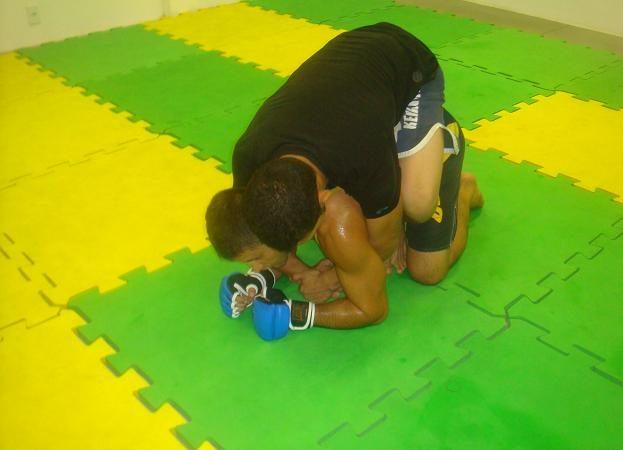 Fera do GP 70kg do Bitetti Combat Rocinha ensina finalização