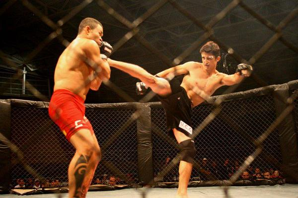 Watch BJJ champ Celso Venícius's student in MMA action