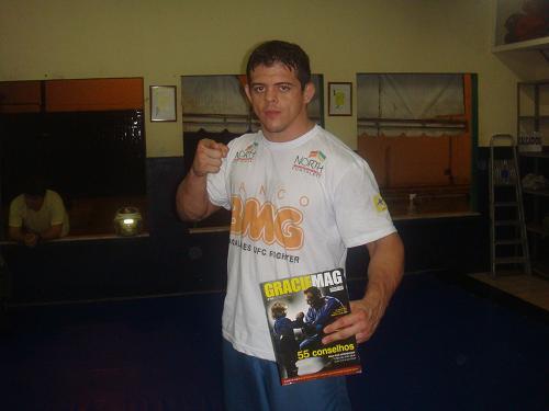 As dicas de Jiu-Jitsu do novato do UFC Caio Magalhães