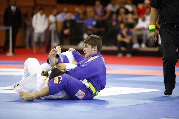 Os sacrifícios (e as dicas de raspagem) de um campeão de Abu Dhabi