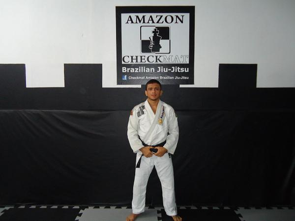 Campeão de Jiu-Jitsu estuda como neutralizar o berimbolo