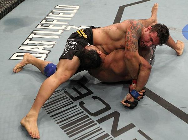 Jiu-Jitsu básico no UFC: a kimura de Frank Mir