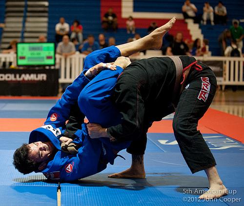 Calma e concentração no Jiu-Jitsu, prega um campeão da 5ª American Cup
