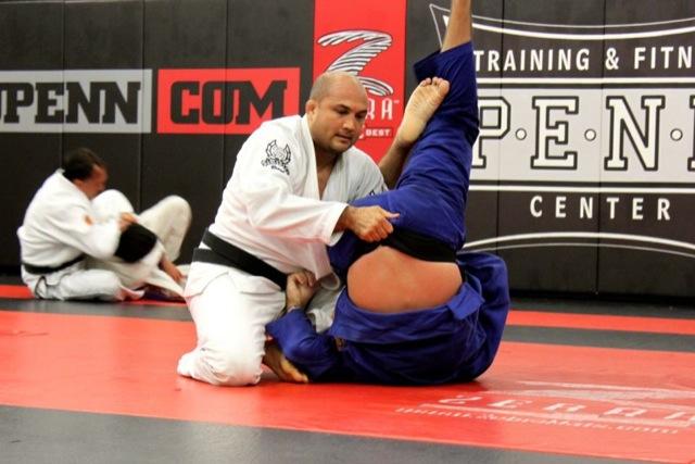 O fã que deu um treininho de Jiu-Jitsu com BJ Penn