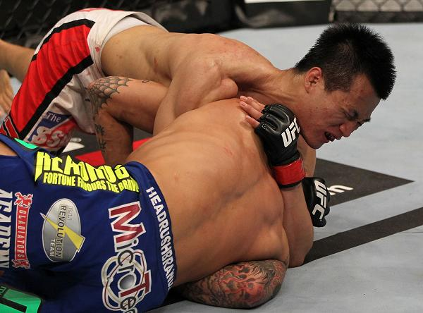 Reveja e afie o golpe de Jiu-Jitsu do Zumbi Coreano que levantou os fãs do UFC