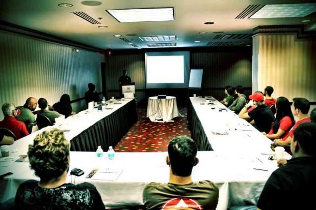 Reunião da escola Gracie Barra em Orlando. O time está organizando um mega-evento logo após o Mundial de Jiu-Jitsu 2012. Foto: Divulgação