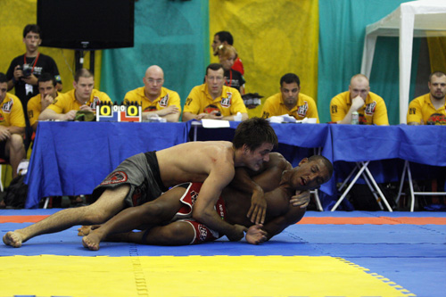 Teste seu Jiu-Jitsu em Minas Gerais, no 2ª Desafio Internacional Champions League