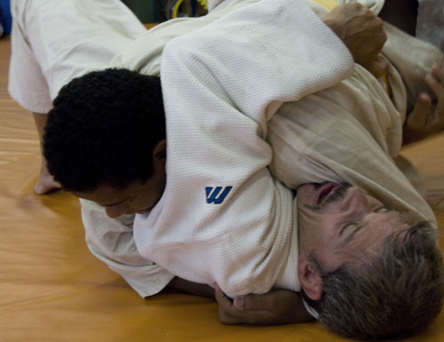 Por que evitar o domínio da cabeça no Jiu-Jitsu? GRACIEMAG explica