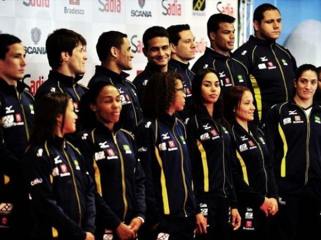 A seleção brasileira de judô para Londres, a primeira com atletas em todas as categorias. Foto: CBJ/Divulgação.