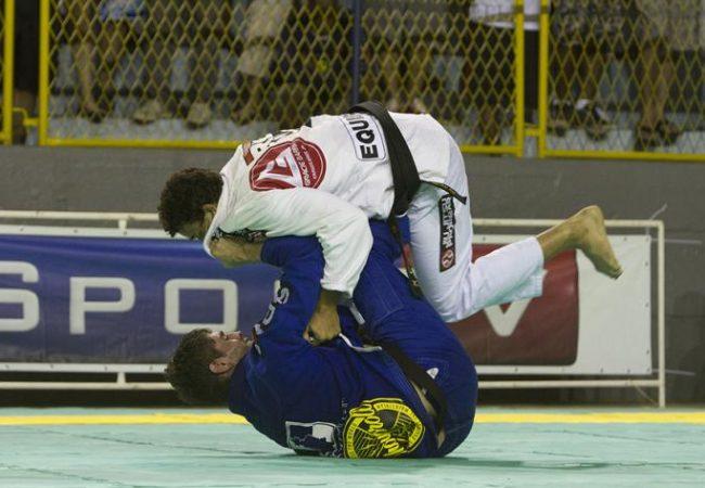 Faixa-marrom e absoluto preta: confira as fotos do Brasileiro de Jiu-Jitsu