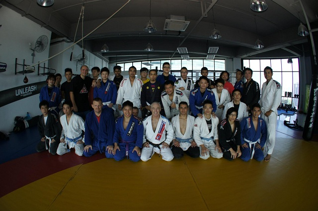 """Side-control, tiny increments and walking up mountains with one of BJJ """"dirty dozen"""""""