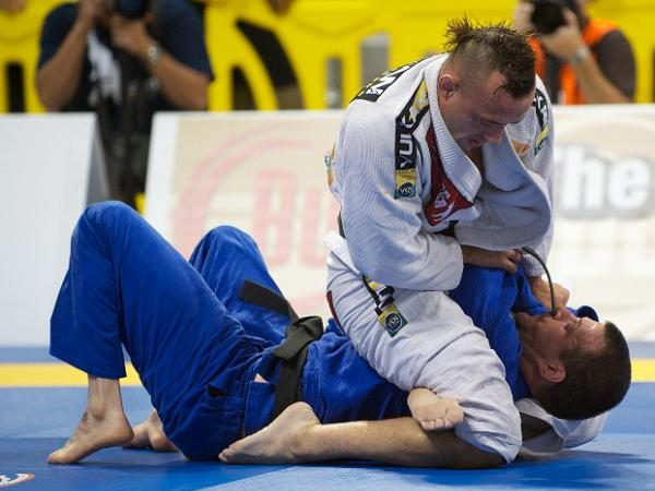 How do you occupy your mind and body when injured in Jiu-Jitsu?