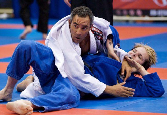 Learn online with Black Belt João Crus