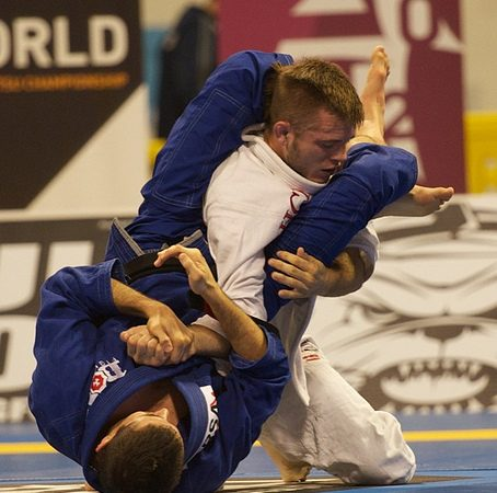 Caio Terra teaches the armbar that worked at 2012 Jiu-Jitsu World Championship