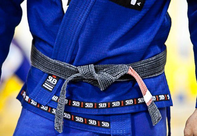 Você conhece a história da faixa que você ostenta na cintura?