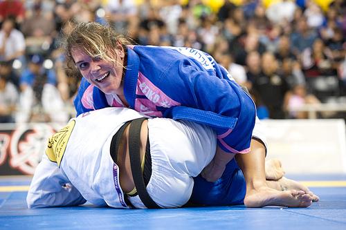Mundial feminino: as mulheres campeãs mundiais de Jiu-Jitsu em 2012