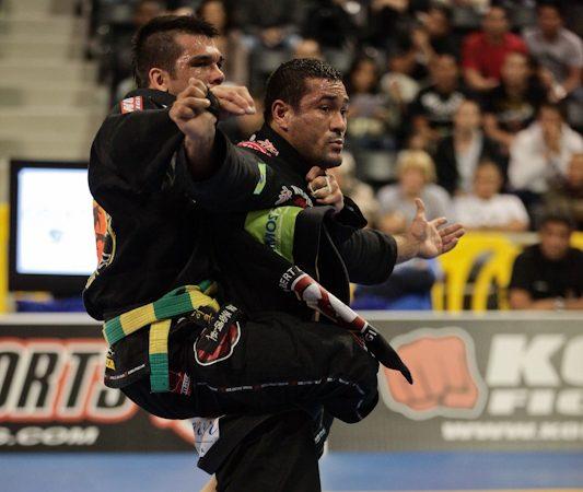 Michael Langhi encara Caloquinha na Copa Pódio de Jiu-Jitsu