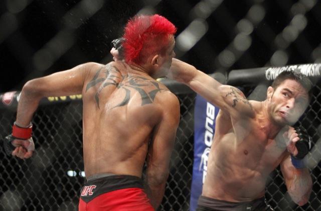 Como sinal do que aquilo significava para ambos, Rony Jason entrou chorando para estrear no UFC, contra Godofredo Pepey. Apesar de ter a máscara proibida, Jason venceu na decisão.