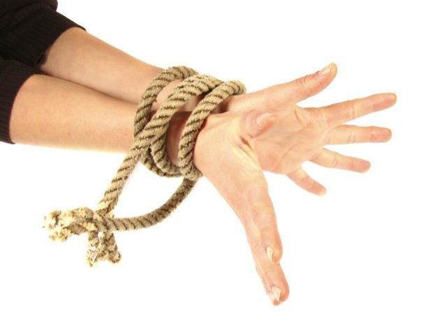 Ever trained Jiu-Jitsu with your hands tied?