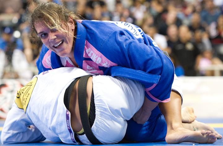 Gabi Garcia foi mais uma vez o grande nome do Mundial de Jiu-Jitsu