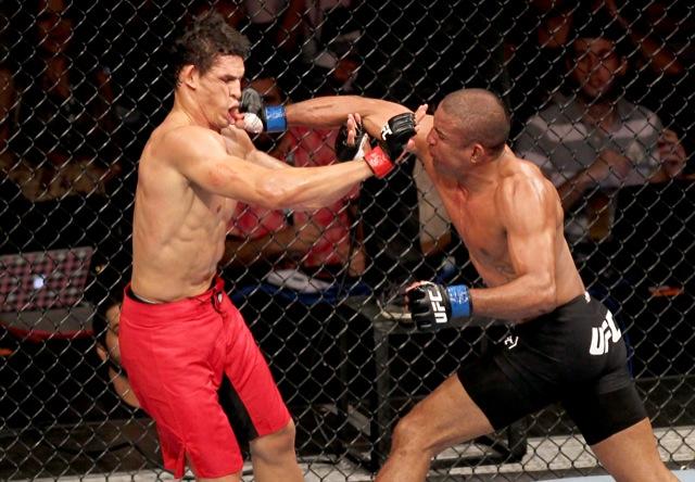 A luta-espetáculo entre o campeão Cezar Mutante e o valente Serginho no UFC 147