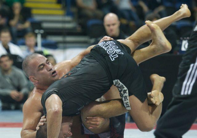 Vídeo: veja a preparação física de Zé Mario Sperry para o ADCC 2013