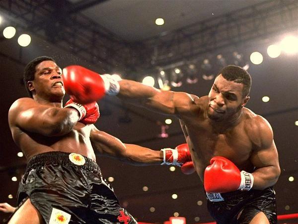 """Tyson: """"Hey, Dana! Get off my seat!"""""""