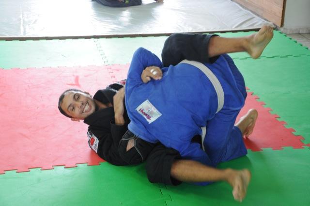 O faixa-preta de Jiu-Jitsu do Corinthians que sobreviveu ao sufoco das drogas