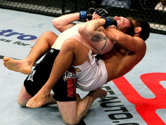 """Morango e a lição de Jiu-Jitsu no UFC 168: """"Ali você ou ganha ou aprende"""""""