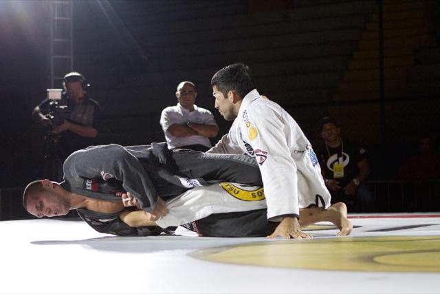Abi-Rihan vs Gustavo Campos at Copa Podio 2012 Photo: Gustavo Aragão/GRACIEMAG