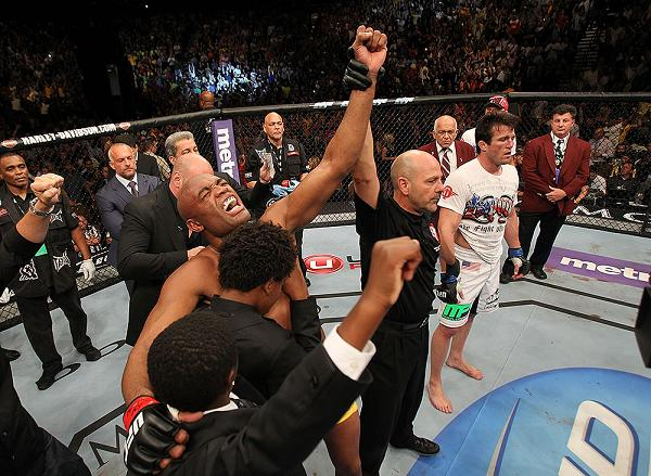 Mount, defense, knockout—was Anderson's Jiu-Jitsu up to speed or lagging at UFC 148?